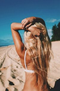 beach-blonde-bra-hair-Favim.com-1942217